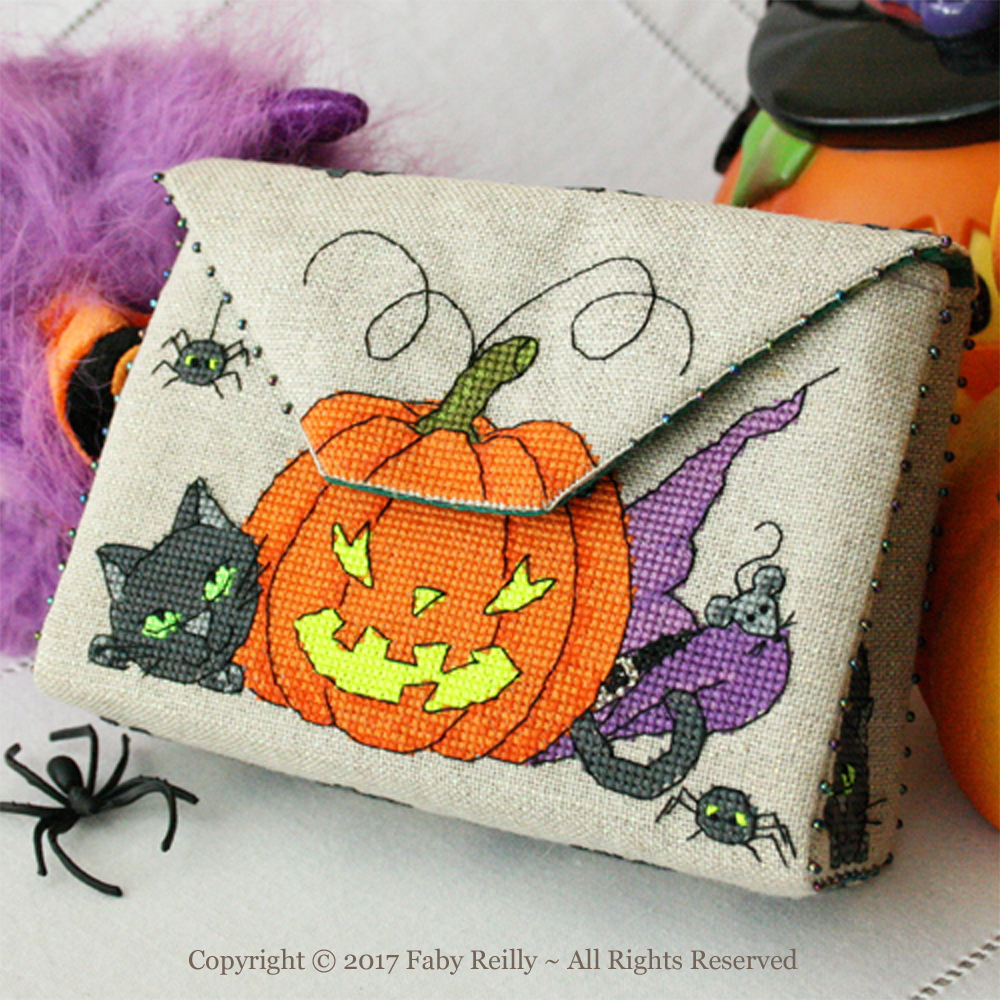 Pochette Halloween - Faby Reilly Designs