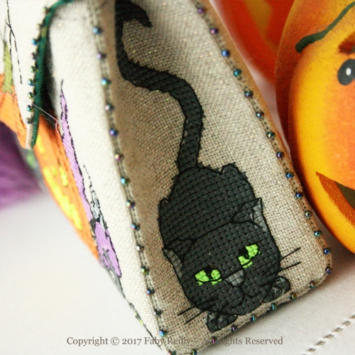 Pochette Halloween - Faby Reilly Designs